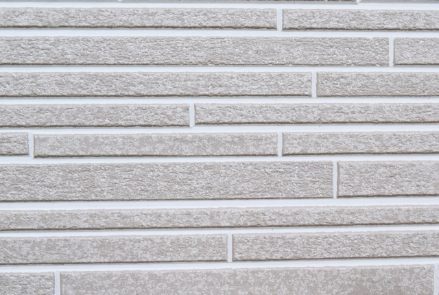 外壁塗装で壁の種類は?種類や耐用年数、費用・相場を徹底解説!