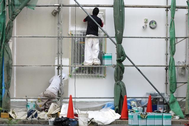 外壁塗装で下塗りって必要?下塗り上塗りの重要性を詳しく解説!